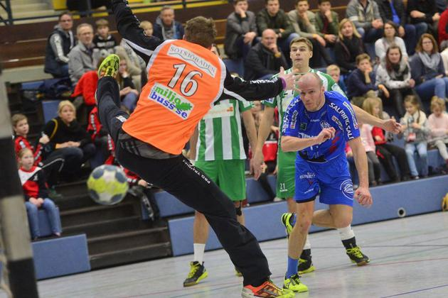 TBV-Lemgo-ist-im-Rahmen-des-Verler-Handball-Winter-Cups-zu-Gast-Herzebrock-zieht-das-grosse-Los_image_630_420f